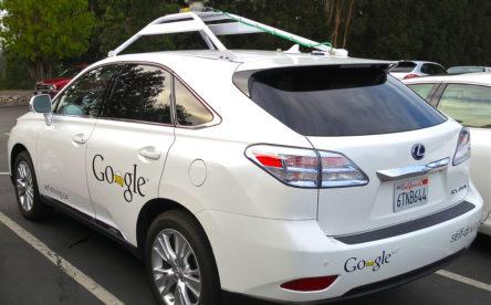 Investiga sobre el funcionament dels sistemes de detecció dels cotxes autònoms