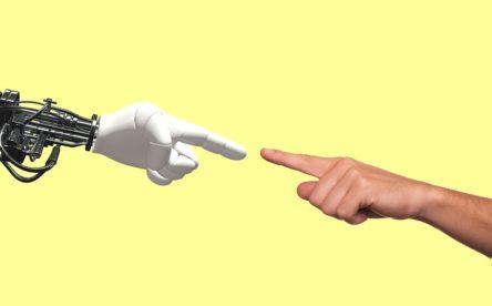 Debat sobre la convivència entre les màquines i els humans
